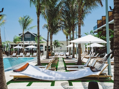 Hotels Key West >> The Perry Hotel Key West Stock Island