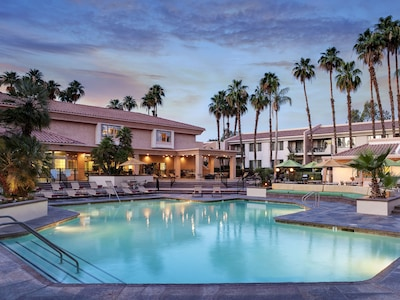 Palm Springs Resorts >> Welk Resorts Palm Springs Cathedral City