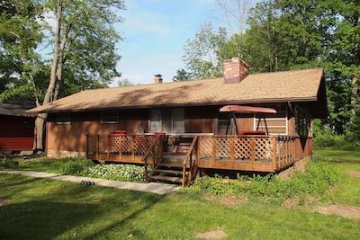 Gloria Glens Park, Chippewa Lake, Ohio, USA