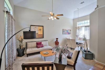 (Northwest Austin) Beautiful, Fun, Cozy Home 30 min from Downtown Austin