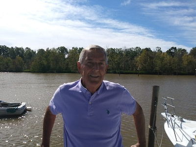Captain Ron on the James 2019