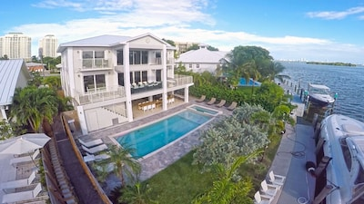 Welcome to South Beach Villas