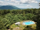 Sunset Cottage  Swim, Hike,  Bike,BBQ, Relax on 10 romantic mountain top acres🌺