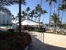 Beach front restaurant/bar