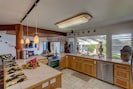 Main House Oceanview Fully equipped Kitchen!