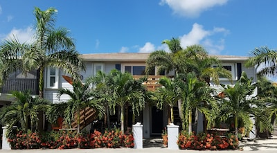 Welcome to your beach house. Kick off your shoes & enjoy your time in paradise!
