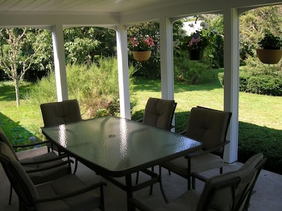 Covered Back Porch and Backyard