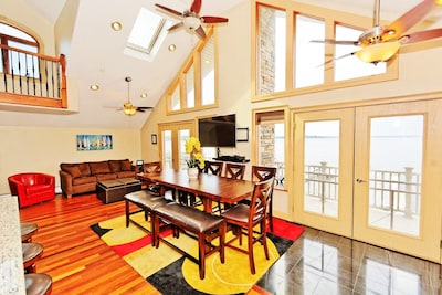 Gorgeous, light and bright open floor plan - incredible panoramic lake views!