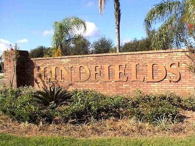 Beautiful Lindsfields neighborhood