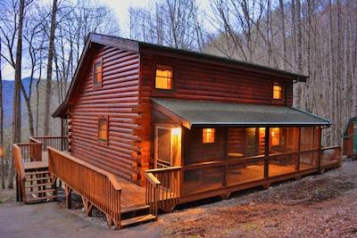 Welcome to Buck 'N Ham Lodge!