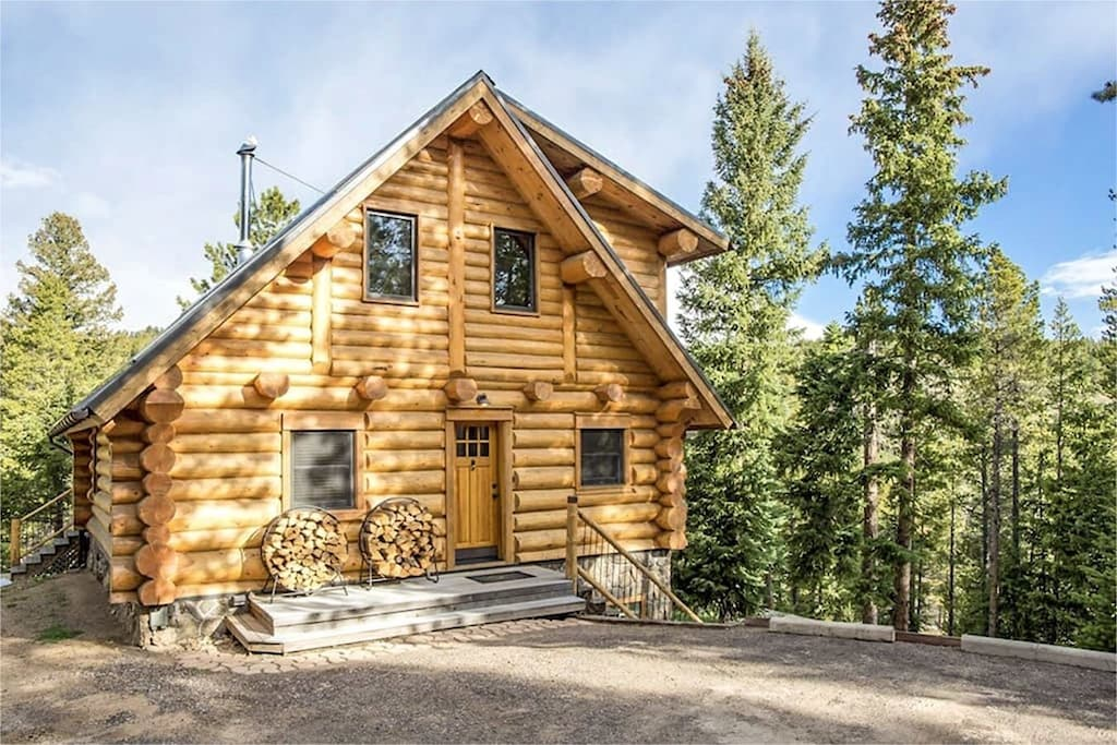 """""""This is what Airbnb is all about. We could not give a higher recommendation for their home - it's the ultimate mountain getaway!"""" - Leah"""
