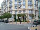 Apartment building-25 yards from beach/promenade