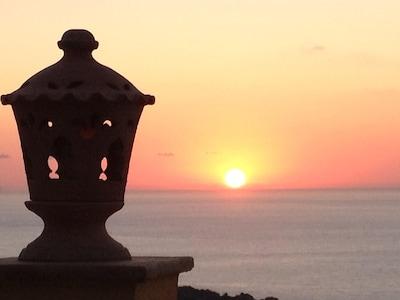 VILLA CON PISCINA E PANORAMA ESCLUSIVO