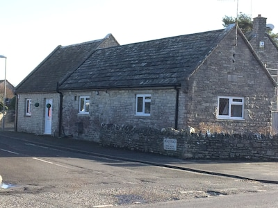 The Old Telephone Exchange 4* Self Catering Cottage in Corfe Castle Village