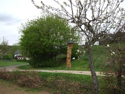 Lampertspfahl direkt am Has, Eingang Lampertstal-Eifelsteig Etappe 7