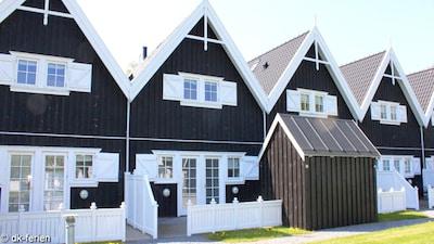 Krogstrup Kirke, Jægerspris, Hovedstaden, Denmark