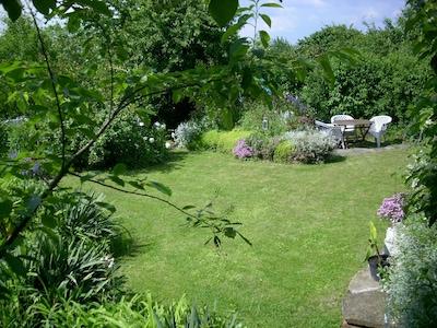 Garten zum Entspannen und Grillen