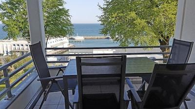 Südbalkon in erster Reihe - direkt über dem Hafen