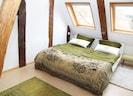 Zimmer 1 mit Doppelbett