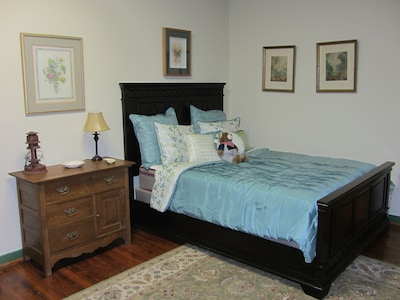 C & O bedroom