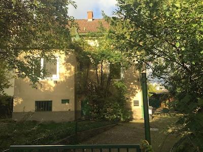 Ferienhaus Wien  Eingang / Einfahrt