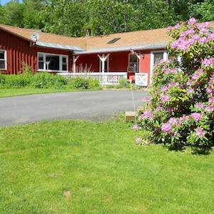 Cavalier Cottage, a superb getaway for all seasons and reasons!