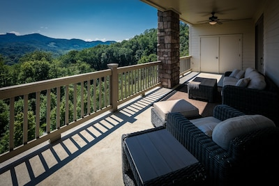 Back patio with 180 degree views of Grandfather and Sugar Mountains
