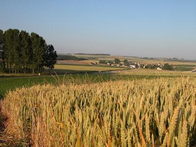 paysage autour de Verneuil et vue sur le village
