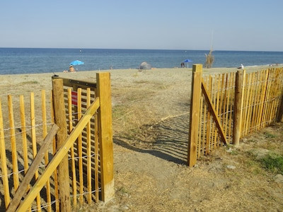 accès plage 200m