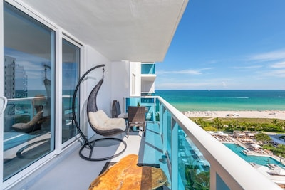 """Two comfortable swing chairs, to admire the fantastic South Beach View"""