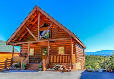 Summit View Cabin located in the GrandView Resort