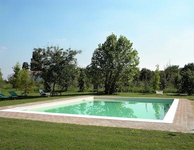 Quingentole, Lombardia, Itália