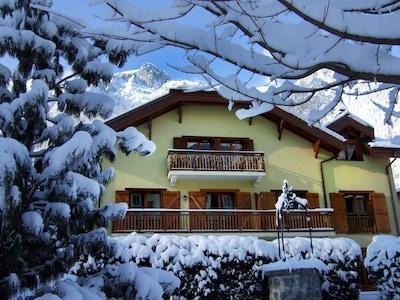 au cœur de Cham face au Mt Blanc = La Petite Savoyarde --> appt au 2ème étage.