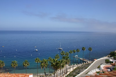 Balcony view,Atop Ocean, Unobstructed