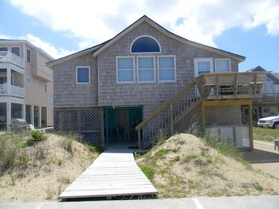 Oceanside view Cottage