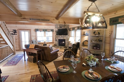 Make yourself feel at home at Black Oaks Lodge.