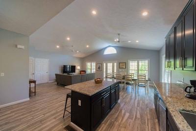 Modern open floor plan with 12.5 foot vaulted ceilings