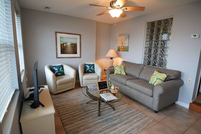 Welcome to paradise! Our unit has been completely renovated and refurnished.