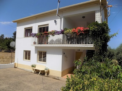 front view of apartmento Portugalmanderlay