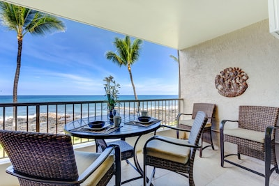 Oceanfront lanai looking North