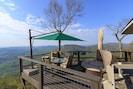 Whiteside Villa!! Surround yourself w/views & comfort in FLW-style Villa