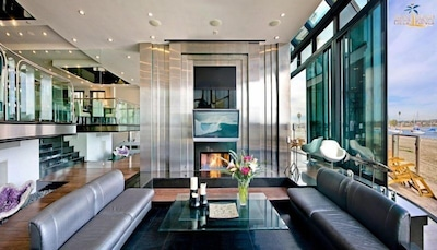 Sunken Living Room Sleek Retreat Mission Bay Vacation House Rental
