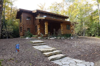 Stunning Door County Cabin In The Woods, Wi-Fi, Firepit, Fireplace, Game Room