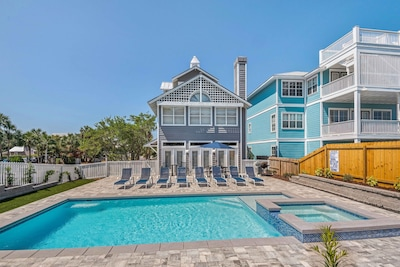 Beautiful home with large stunning new luxury pool and spa!