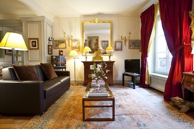 Feel like in a French 18th century palace.