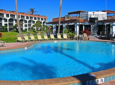 Heated swimming pool, hot tub and Clubhouse overlooks the Beach!