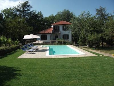 Mombaldone, Piedmont, Italy