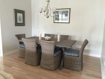New dining room set accentuates the beach motif.