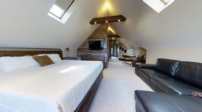 With an amazing master bedroom...