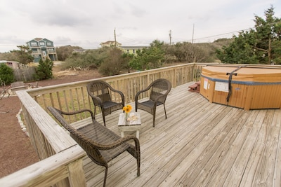 Back deck, hot tub and fire pit